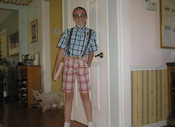 nerd costume ideas - mismatched geek outfit on a girl