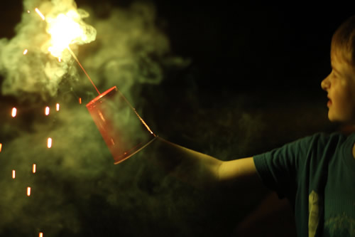 The cup protects hands from sparkler sparks