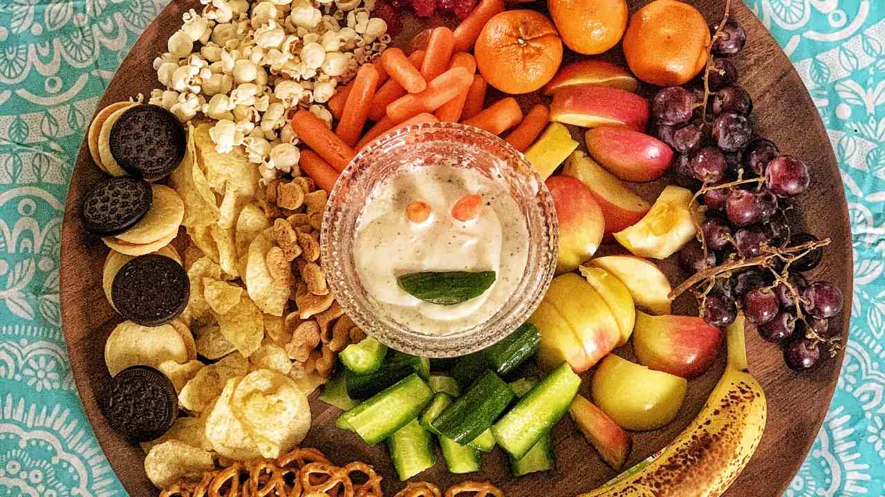 how to make a kids snack board