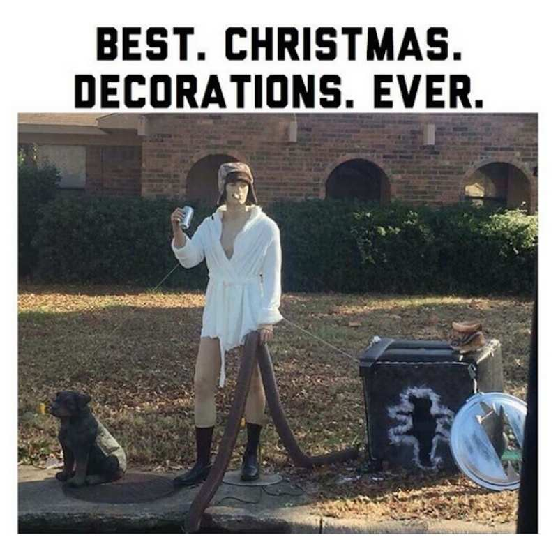 Bets Christmas Lawn - Cousin Eddie